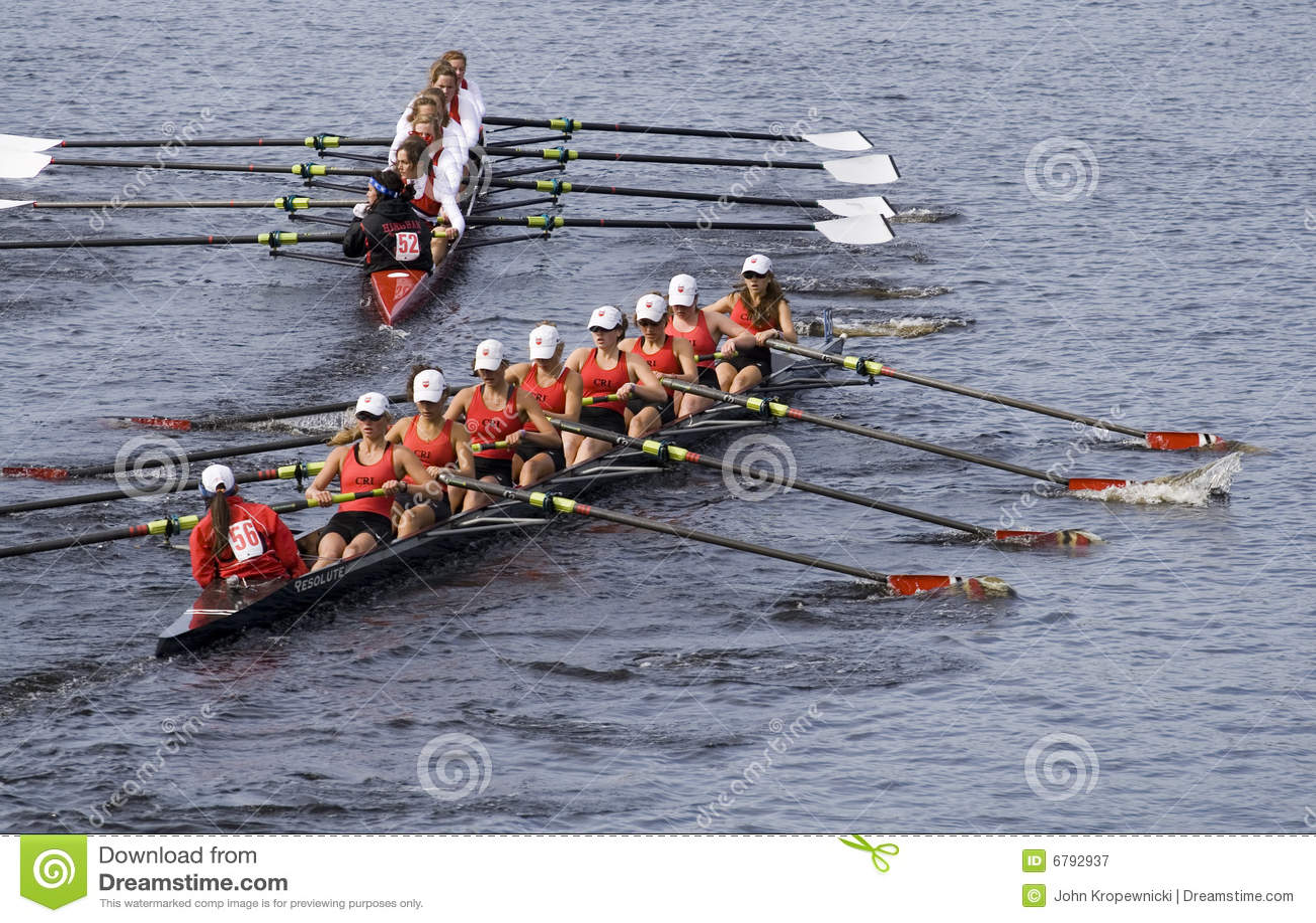 Hingham 56 общин настигает rowing к trys