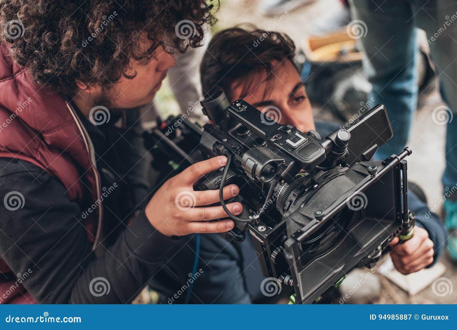 Hinter der Szene Kameramann- und Assistenzschießenfilm mit Nocken