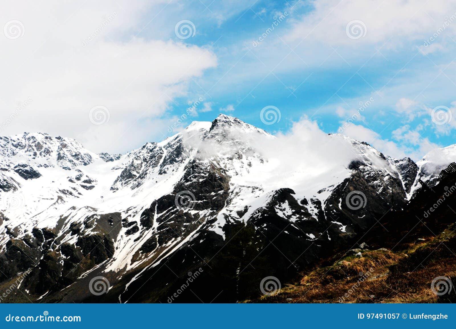 Hintere Schöntaufspitze in solda sulden, alpi Italia