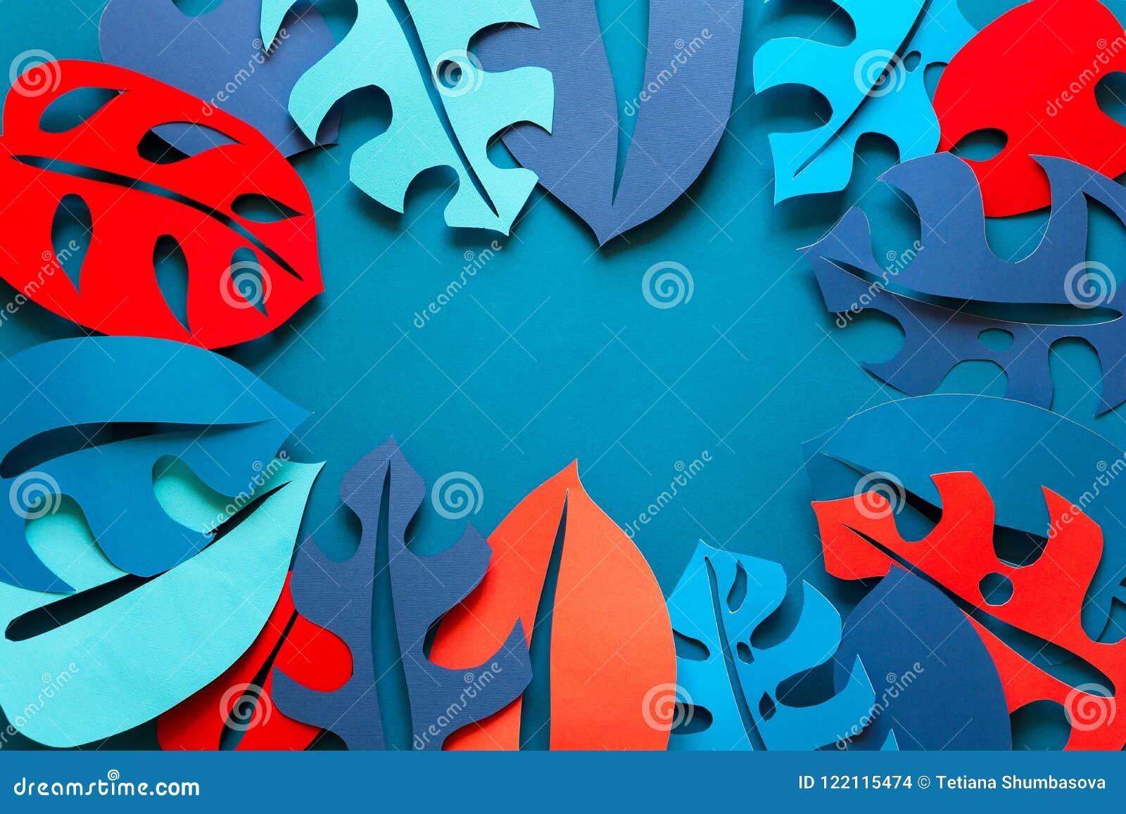 Hintergrund des Sommers tropische Betriebs Monstera lässt Rahmen Vibrierende Farben Papierschnittart Flache Lage Kopieren Sie Pla
