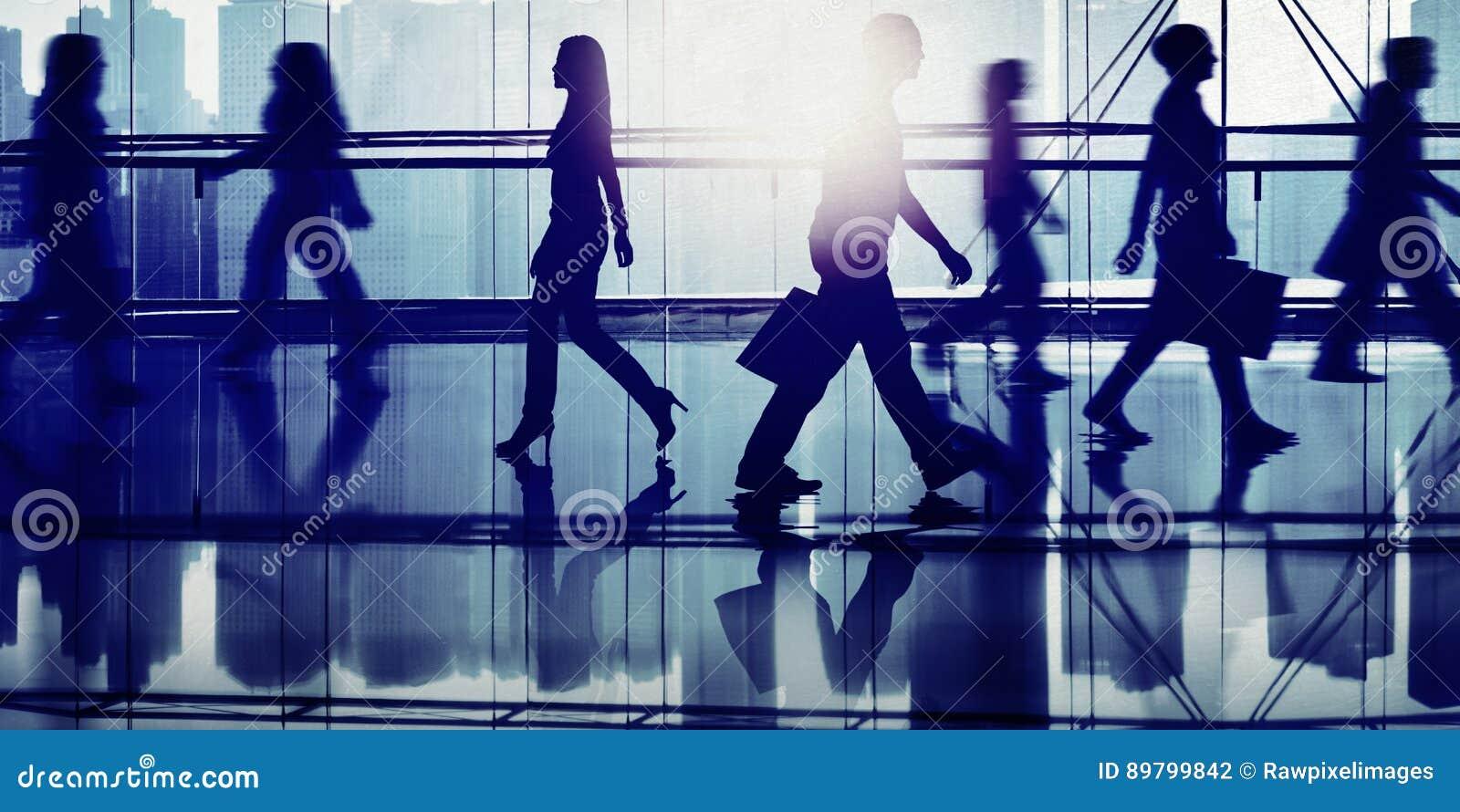 Hintergrundbeleuchtete Leute-gehendes Mall-Stadtbild Shopaholic-Konzept