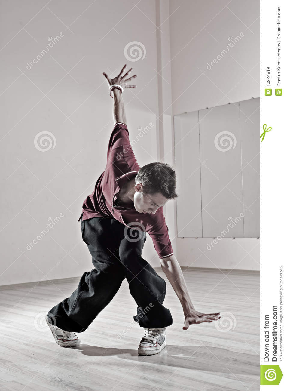 Can suggest Free photo gallery dancers