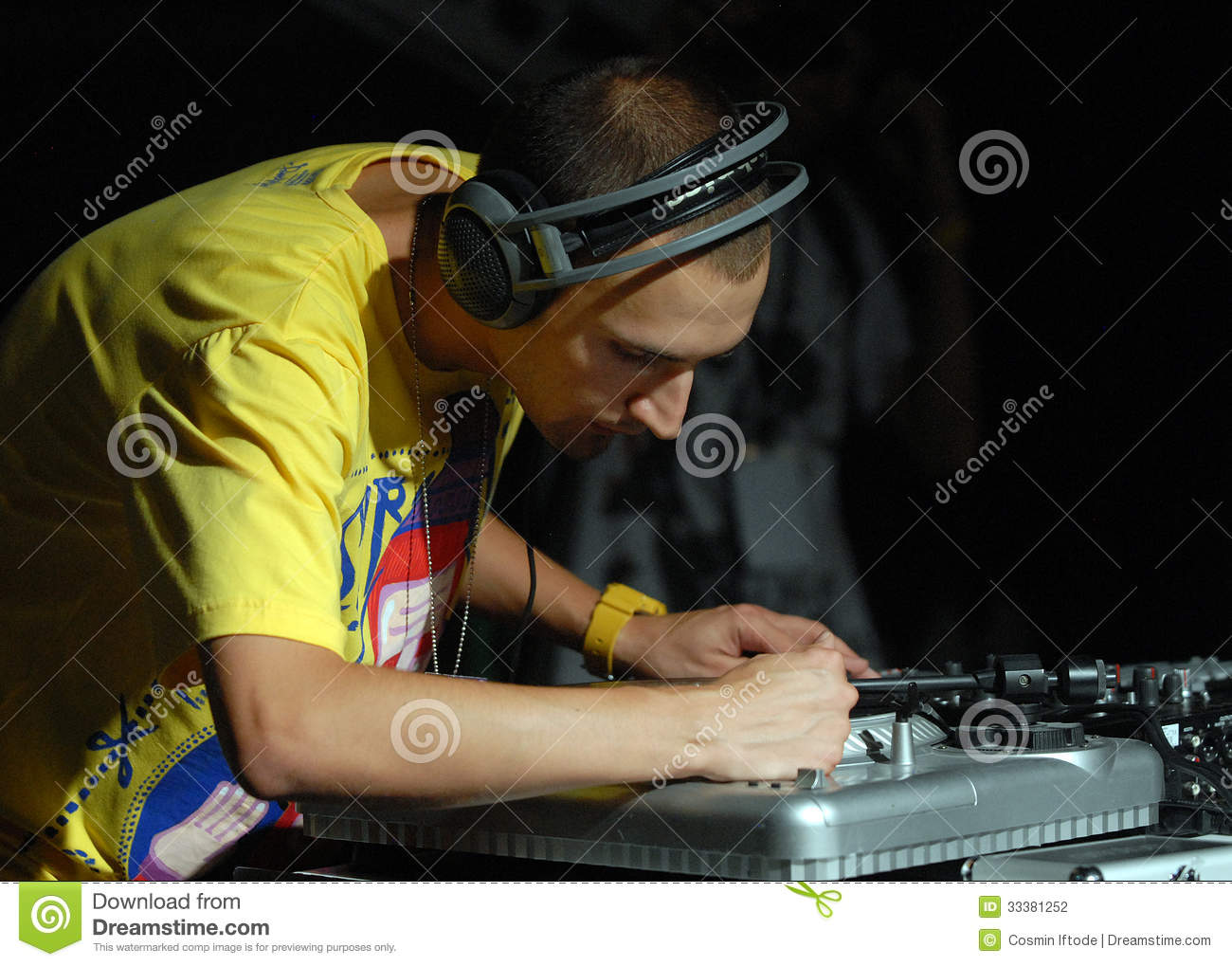 hip hop dj performs in concert at street heroes urban festival editorial photography image of. Black Bedroom Furniture Sets. Home Design Ideas