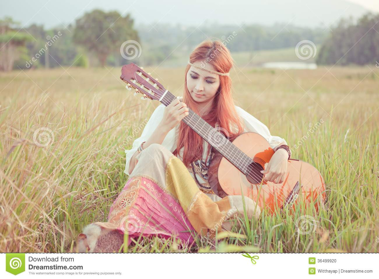 how to play one less lonely girl on guitar