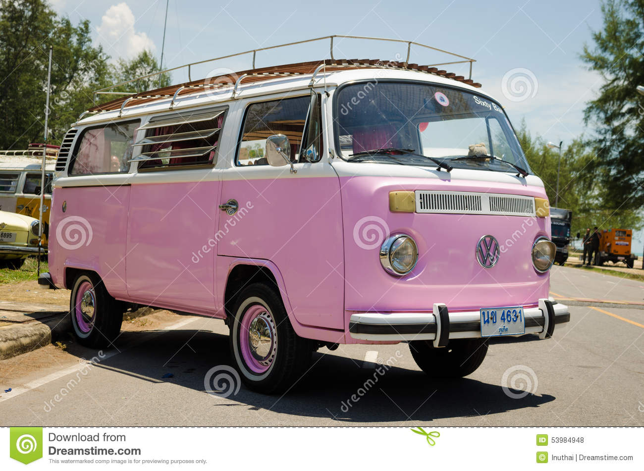 image gallery hippie volkswagen. Black Bedroom Furniture Sets. Home Design Ideas