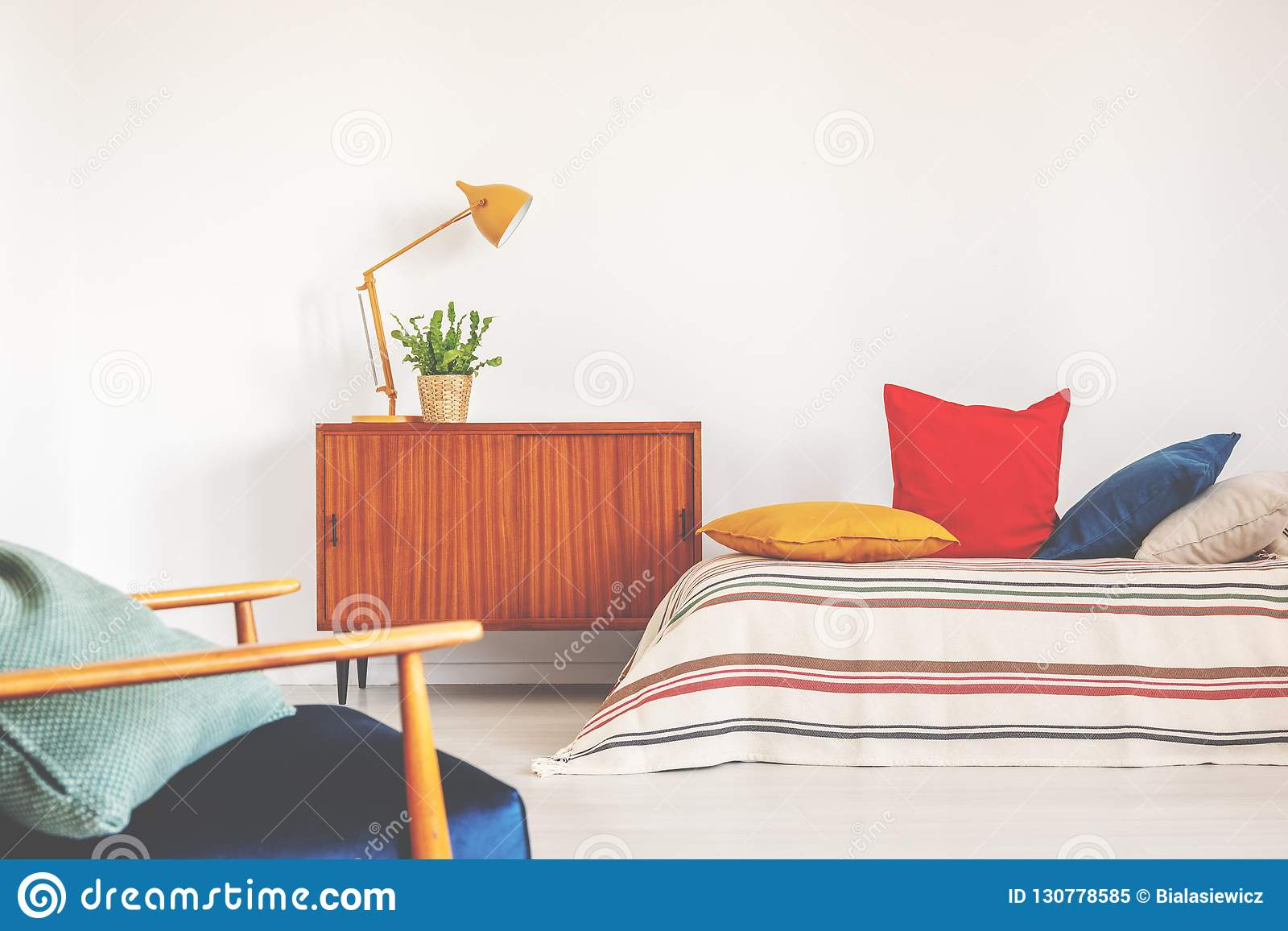 Hipster Bedroom With Vintage Furniture And Colorful Bedding ...
