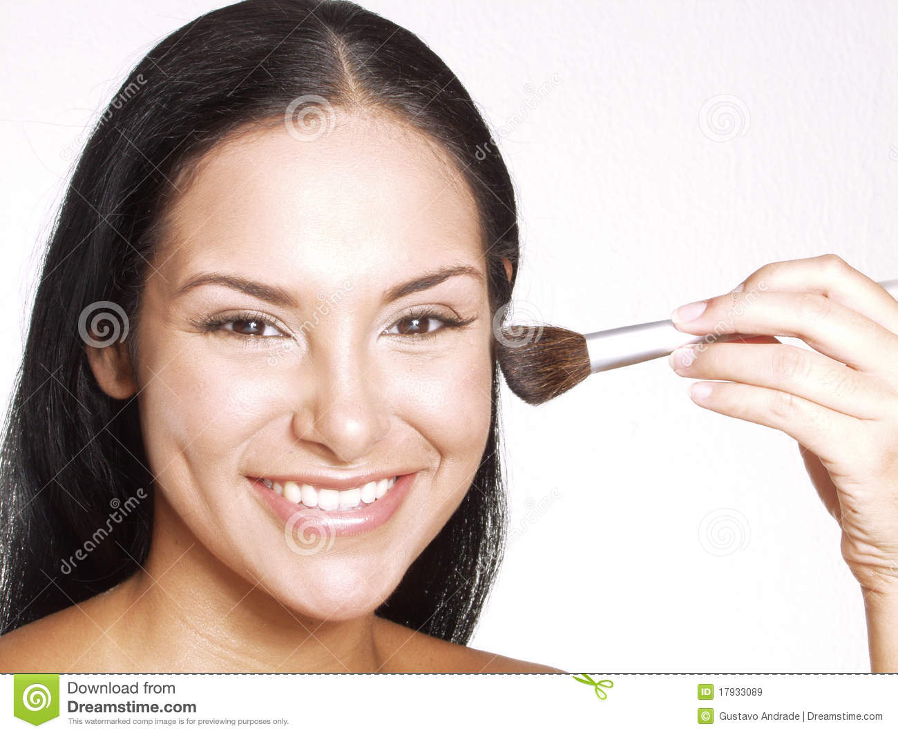 mascara spanish girl personals The differences between the girl  in what way do you want the woman you marry to be different from the girl you are dating  even if that means wearing no makeup.