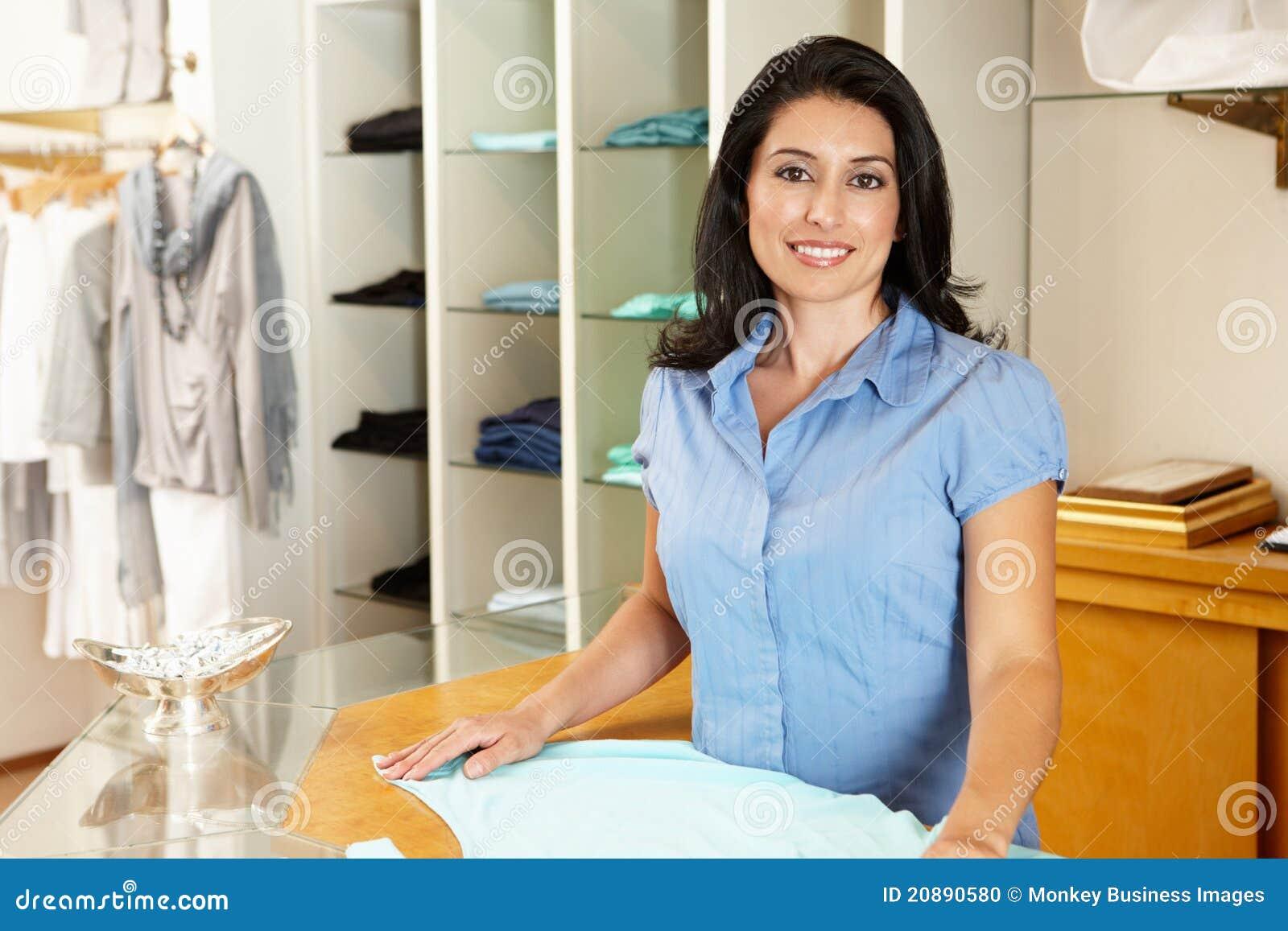 Hispanic clothing stores