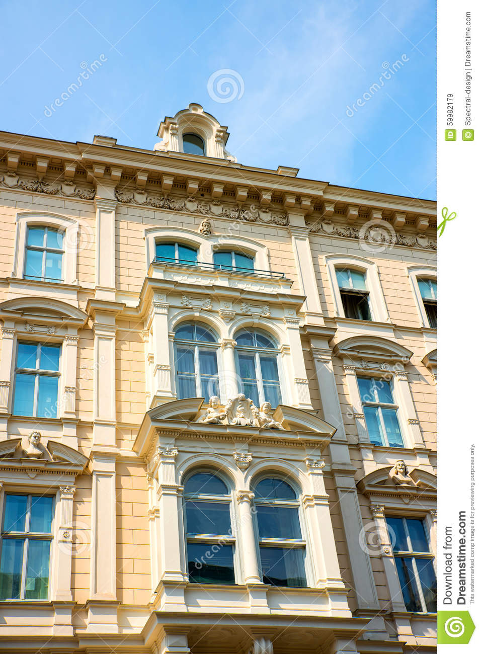 Historic architecture in vienna stock photo image 59982179 for Architecture vienne