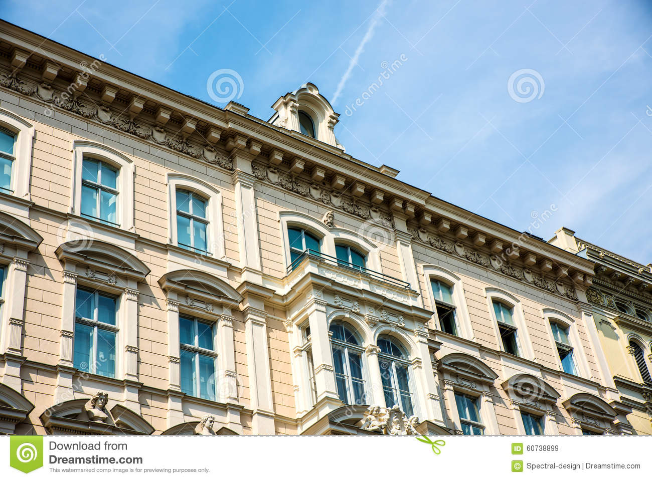 Historic architecture in vienna stock photo image 60738899 for Architecture vienne