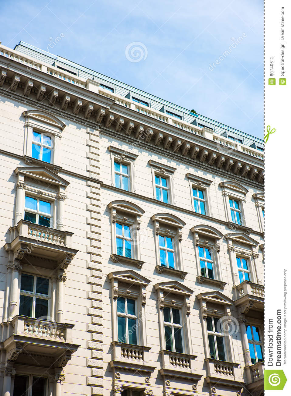 Historic architecture in vienna stock photo image 60740612 for Architecture vienne