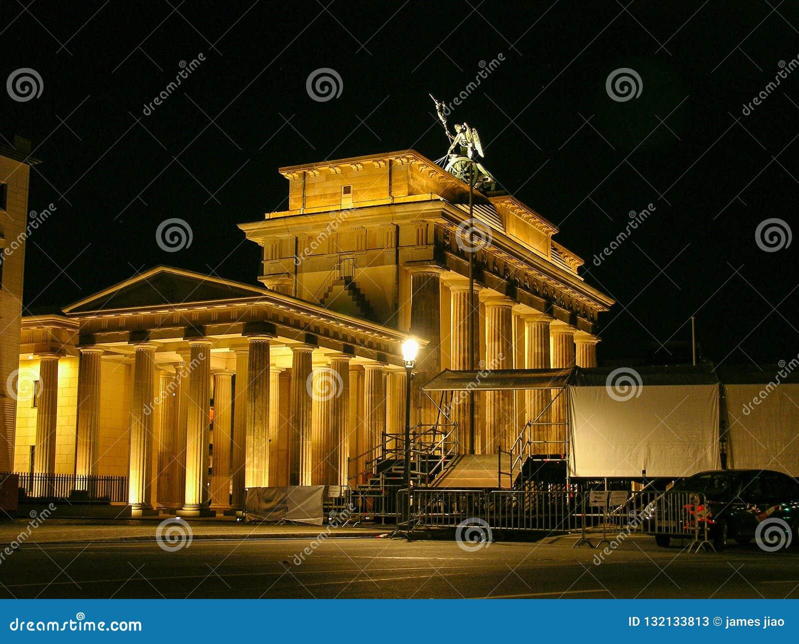 Historic buildings in Berlin Brandenburger Tor - Brandeburg gate