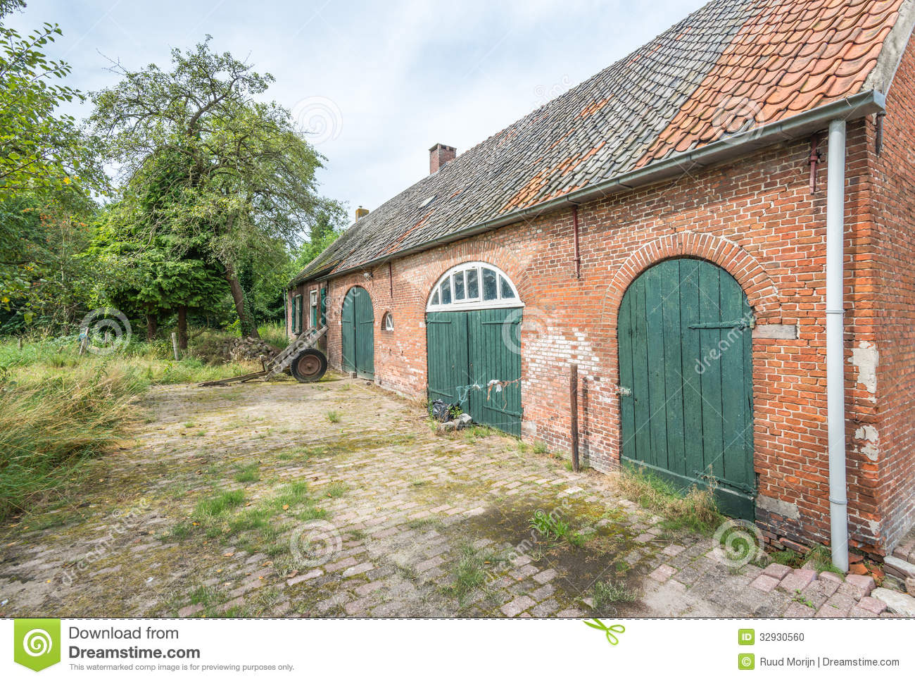 Historic dutch farm from 1885 stock photo image 32930560 for Farm house netherlands