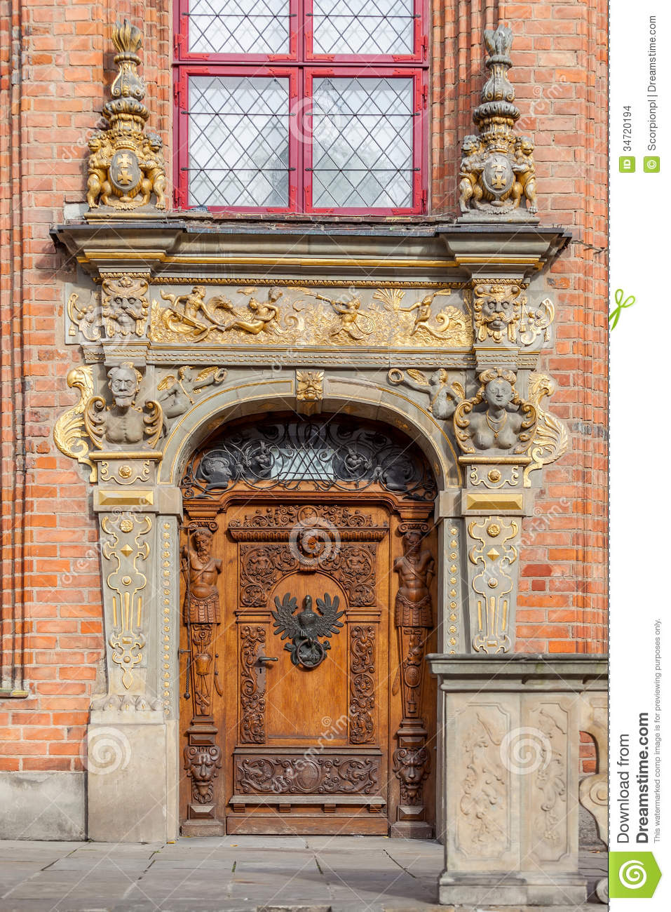 The Historic Entrance To The Building Stock Images Image