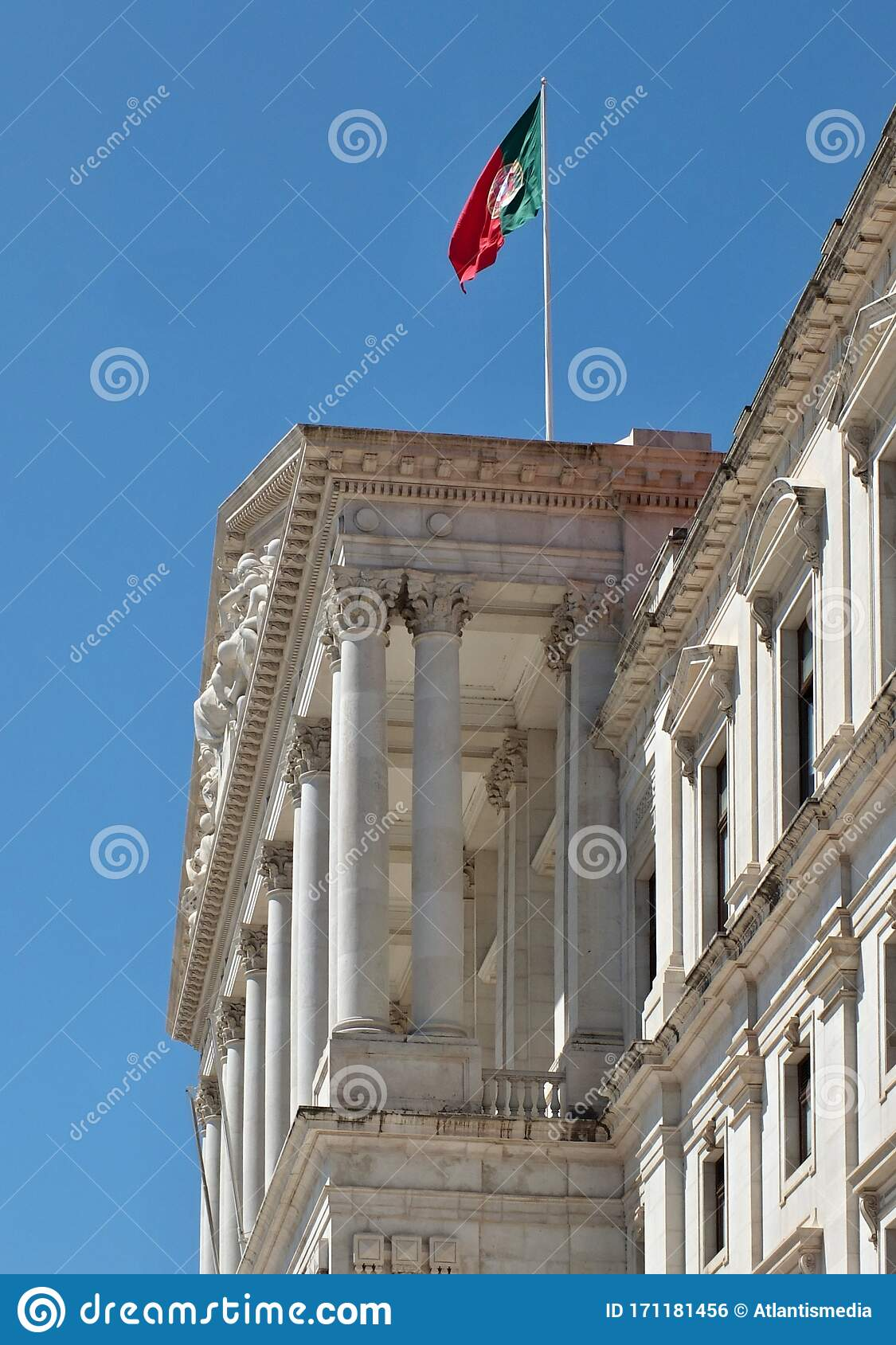 Historic Government Building In Lisbon Portugal Stock Photo Image Of Flag Banner 171181456