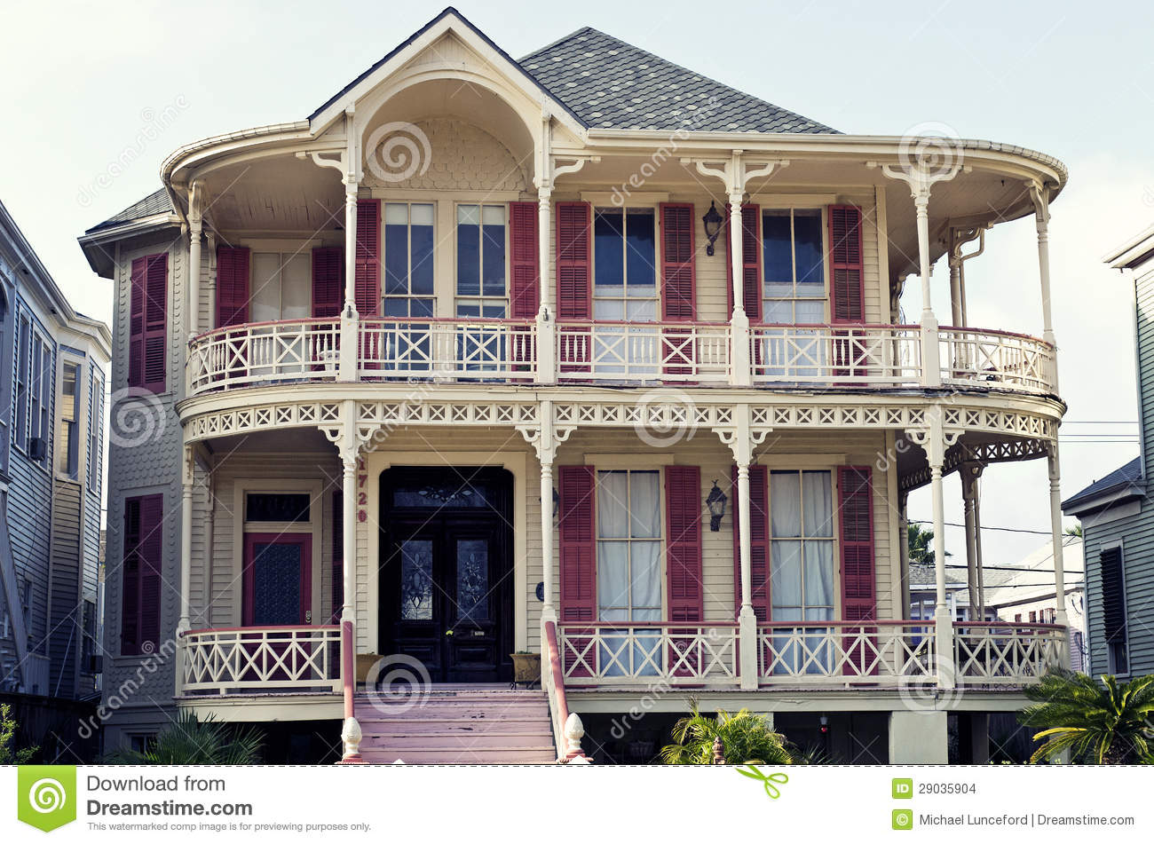 Historic queen anne victorian house in gaveston texas for The victoria house