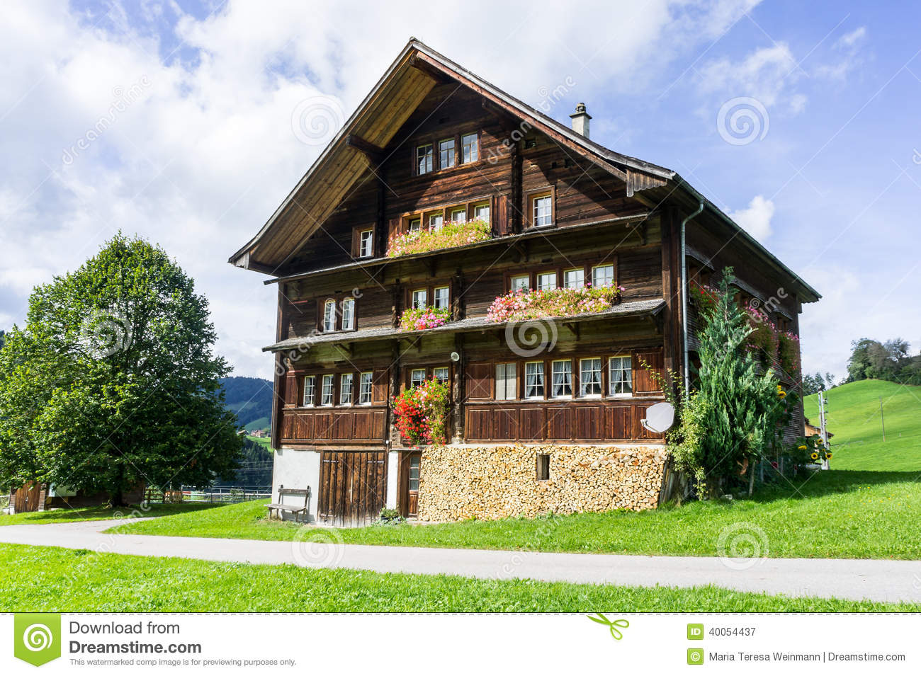 Historic Swiss House Stock Photo Image 40054437