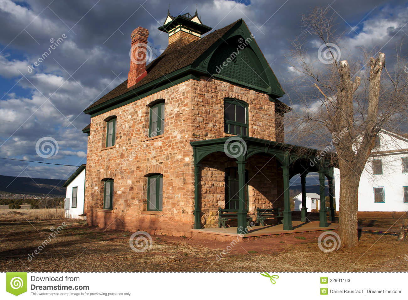 Historic victorian home building at fort apache stock for Victorian home construction