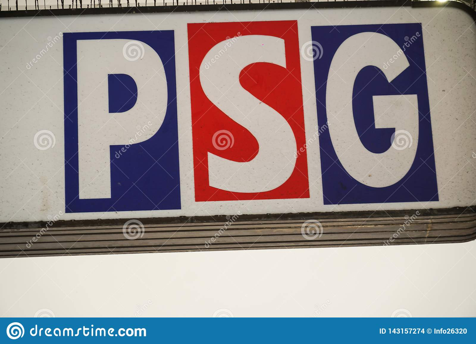 Historical Crest Of The Paris Saint Germain Football Club Editorial Stock Image Image Of Model Graphic 143157274