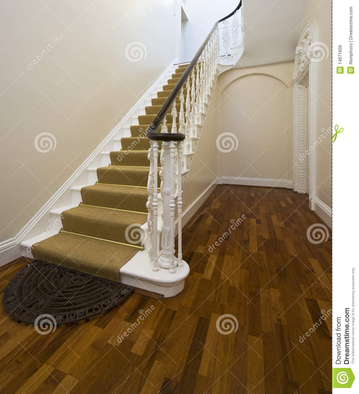 Historical entrance hall with vintage staircase stock image image 14671605 - Corridor tapijt ...