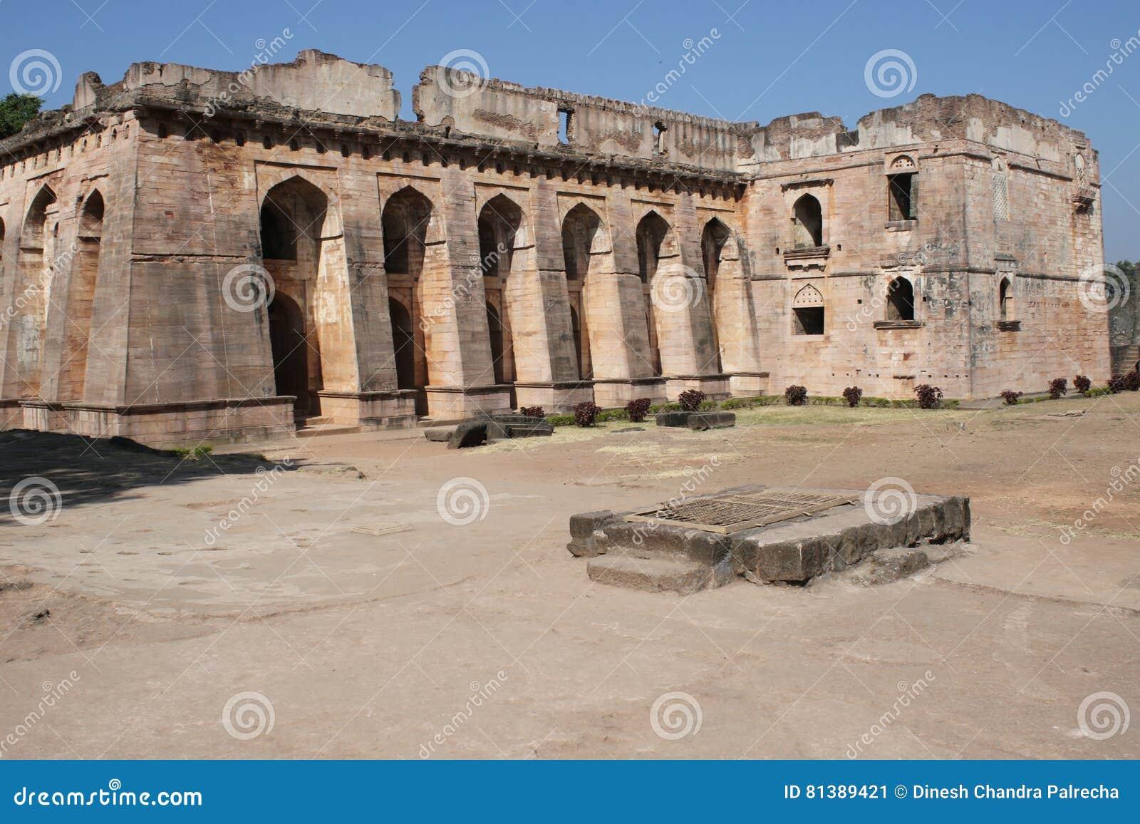 Historische Architektur, hindola mahal