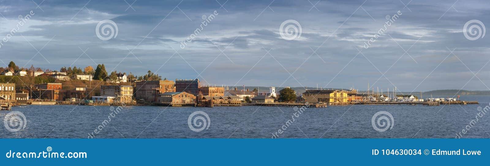 Download Historische Haven Townsend, Washington Waterfront Bij Zonsopgang Redactionele Stock Afbeelding - Afbeelding bestaande uit mooi, strand: 104630034