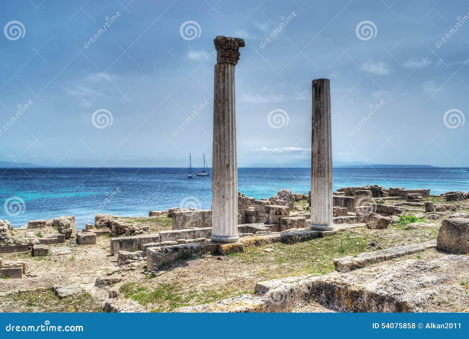 Historische kolommen in Tharros,