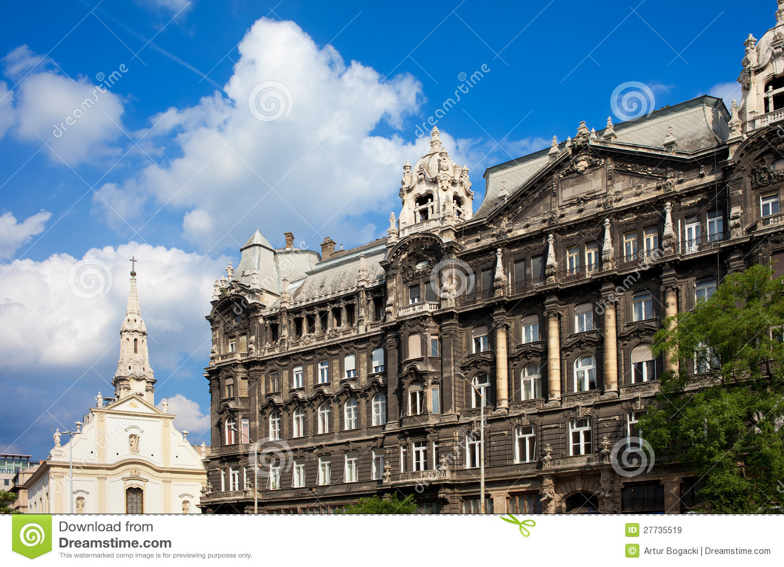 Historische Wohnanlage-Fassade