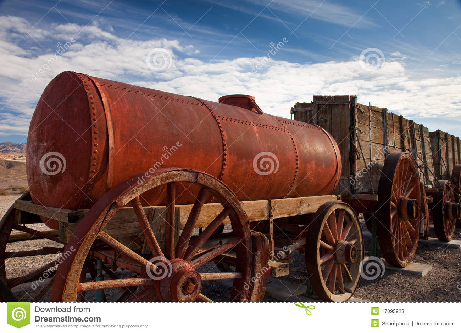 Historischer Wasserlastwagen