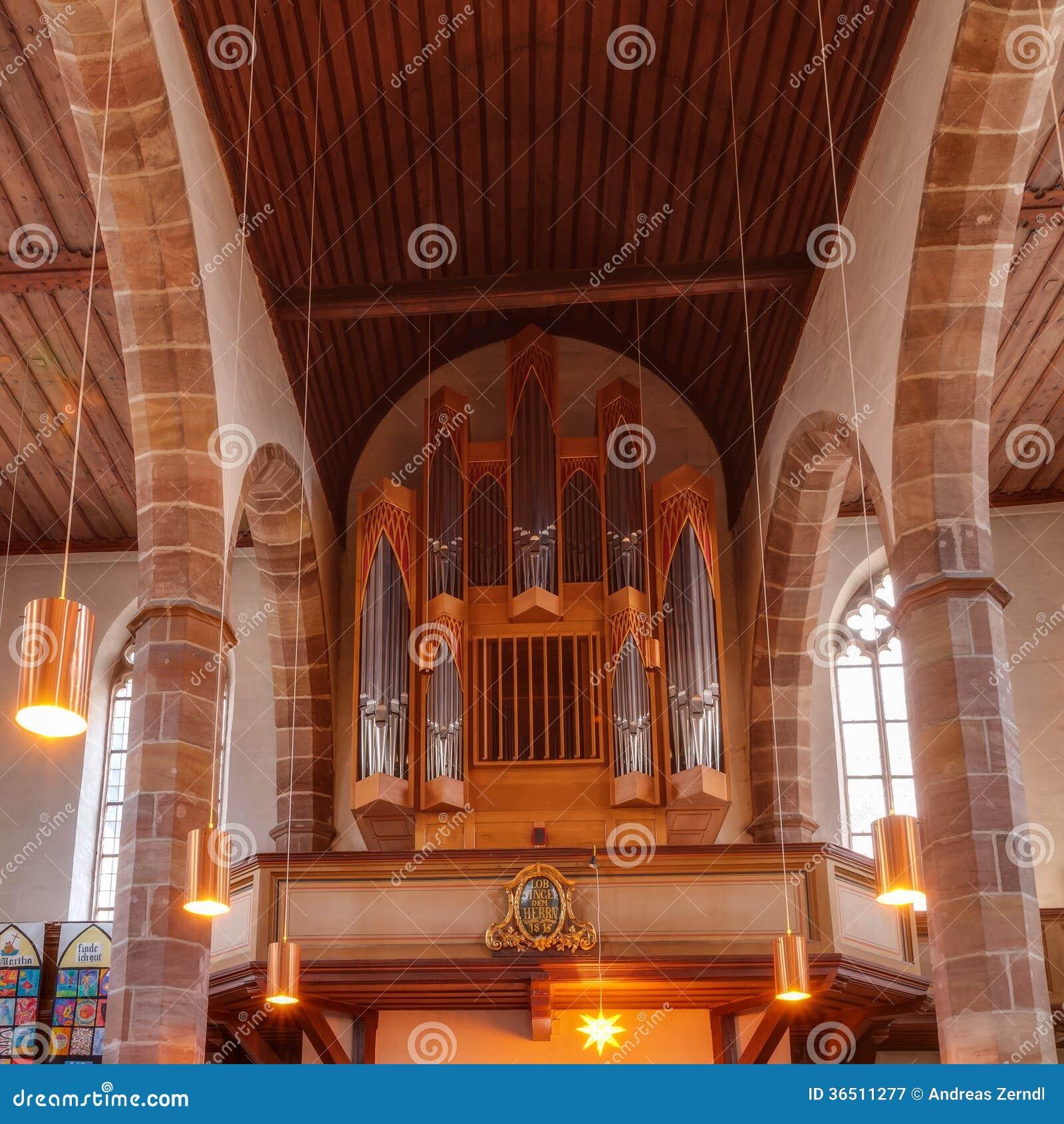 Historiskt organ i en protestantkyrka i Nuremberg