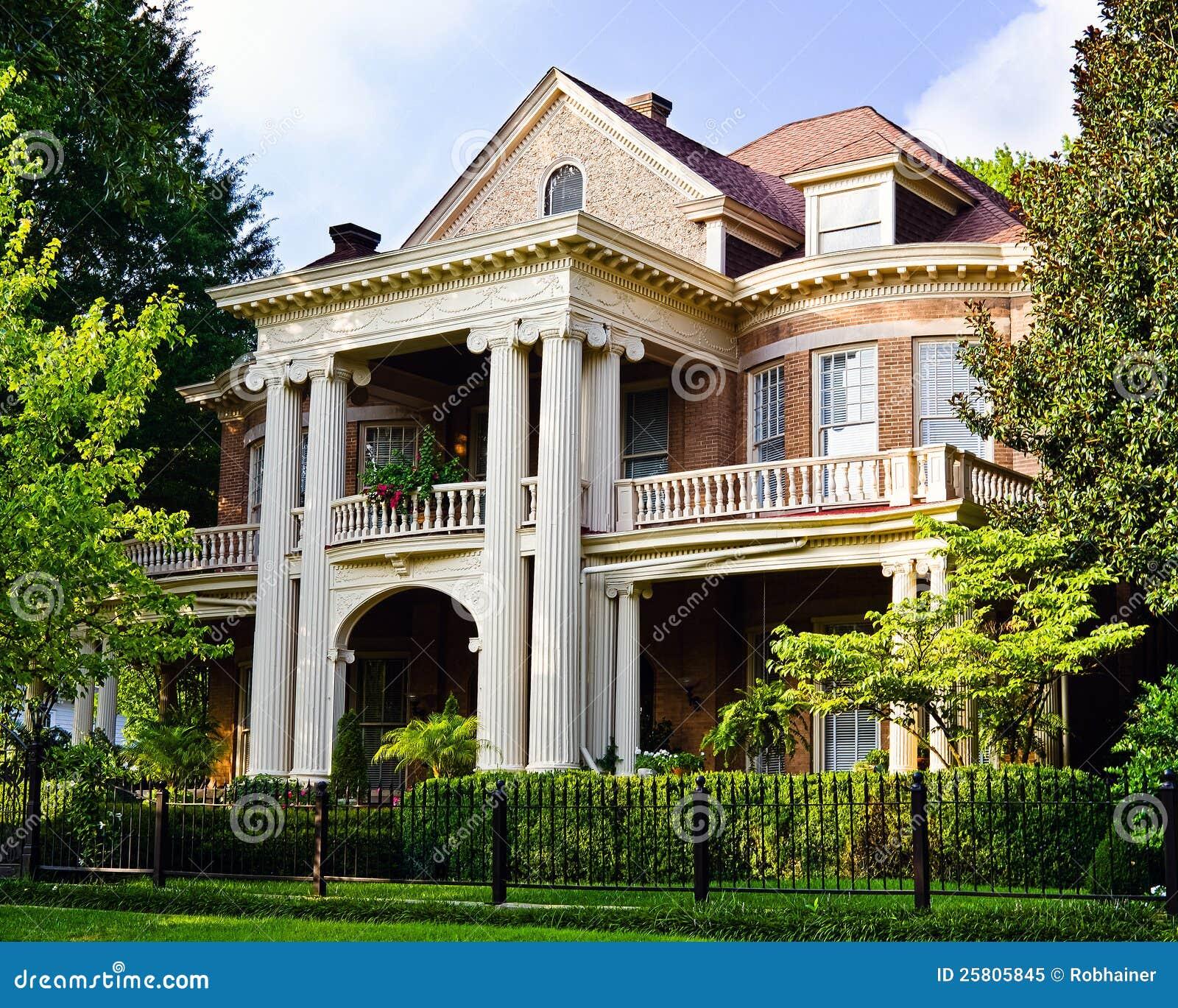 Historiskt sydligt hus