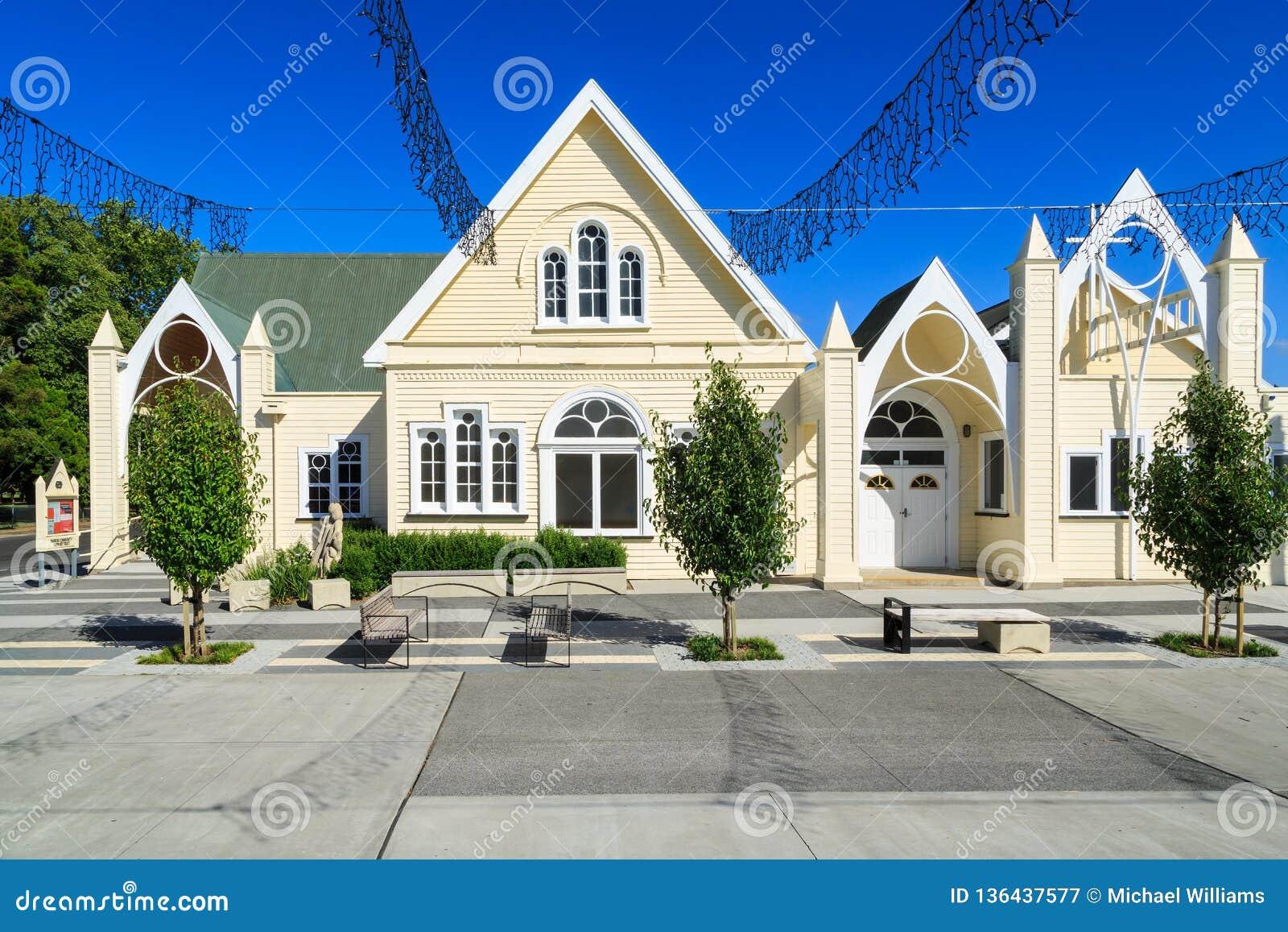 Historyczny drewniany kościół w Paeroa, Nowa Zelandia