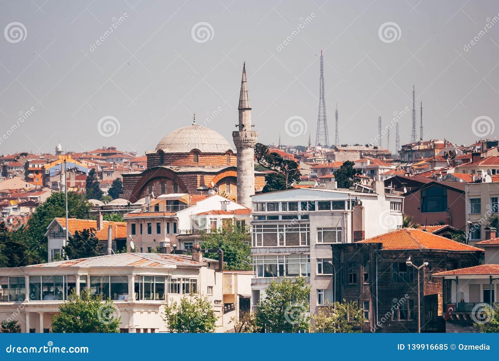 Historyczny Meczetowy Pobliski morze w Istanbuł, Turcja