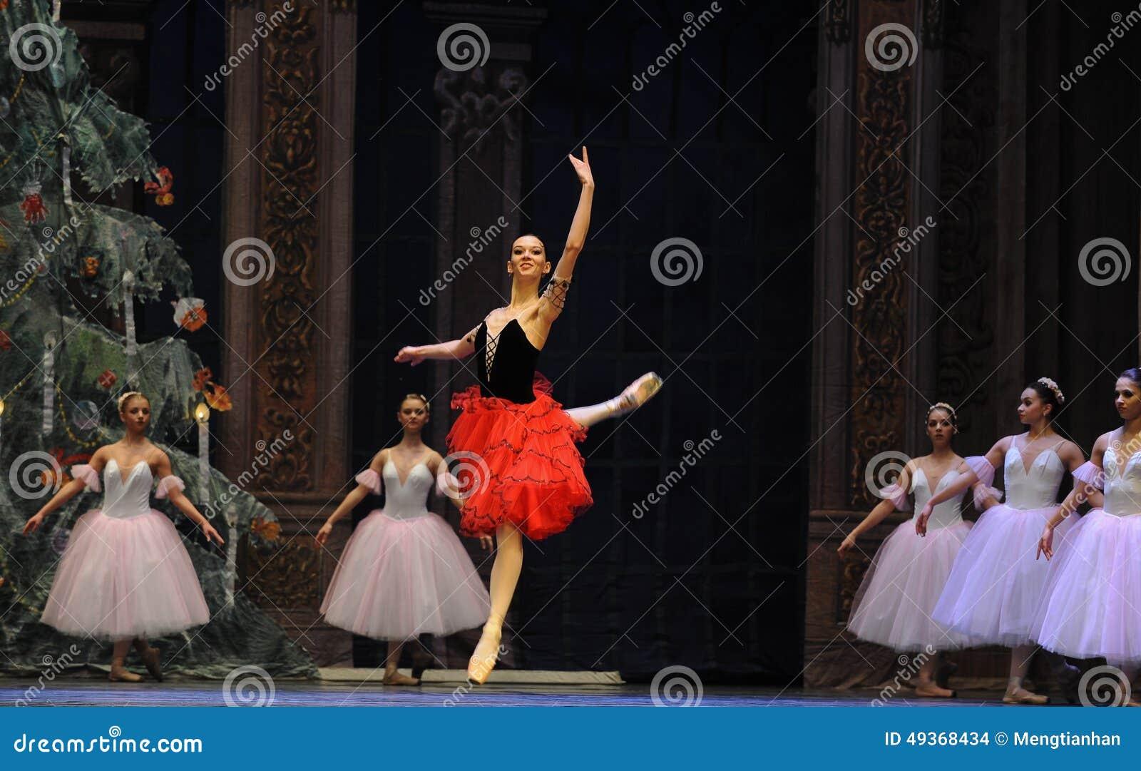 Hiszpańska stylowa dziewczyna drugi aktu cukierku po drugie śródpolny królestwo - Baletniczy dziadek do orzechów