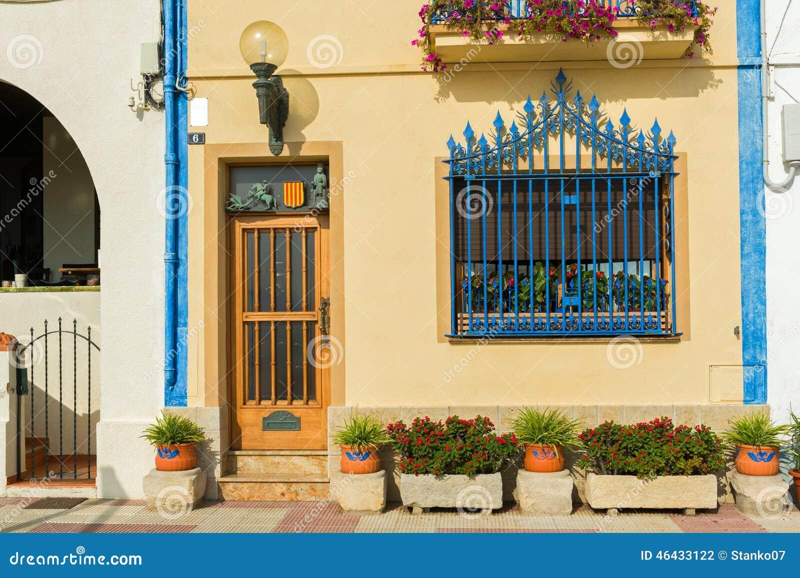 Hiszpański grodzki dom