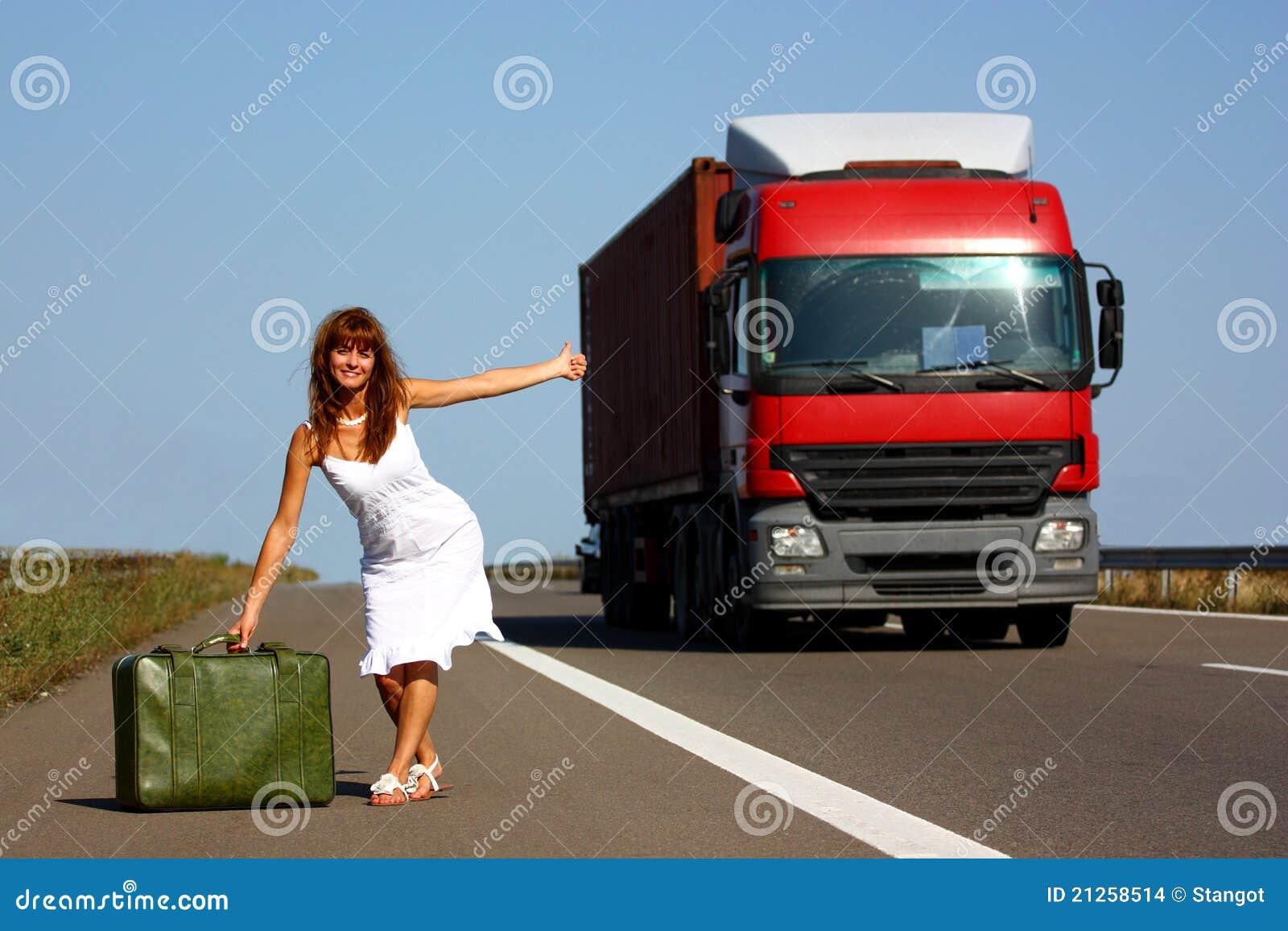 Hitchhiking женщина