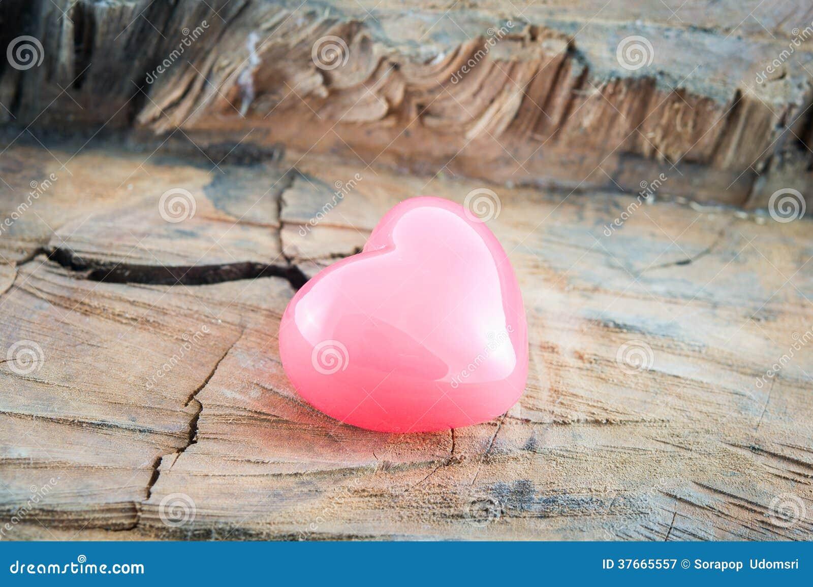 Hjärta för hjärta för valentindagbakgrund rosa