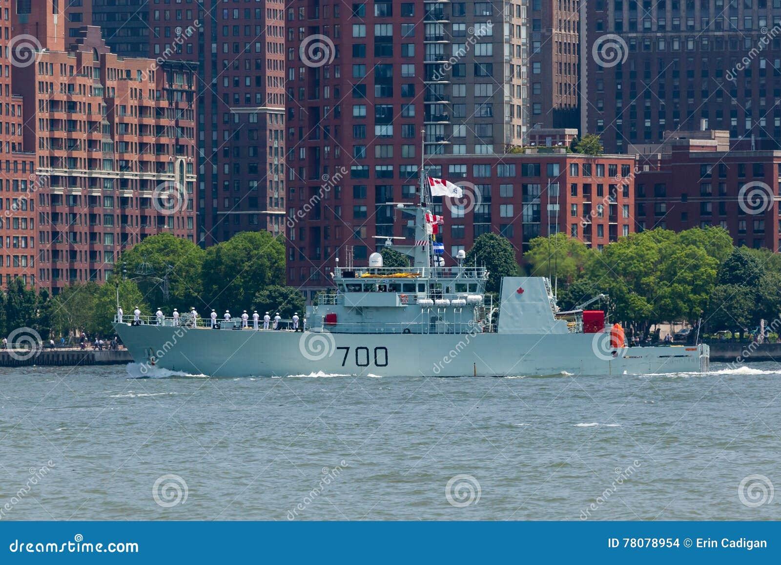 HMCS Kingston na semana da frota