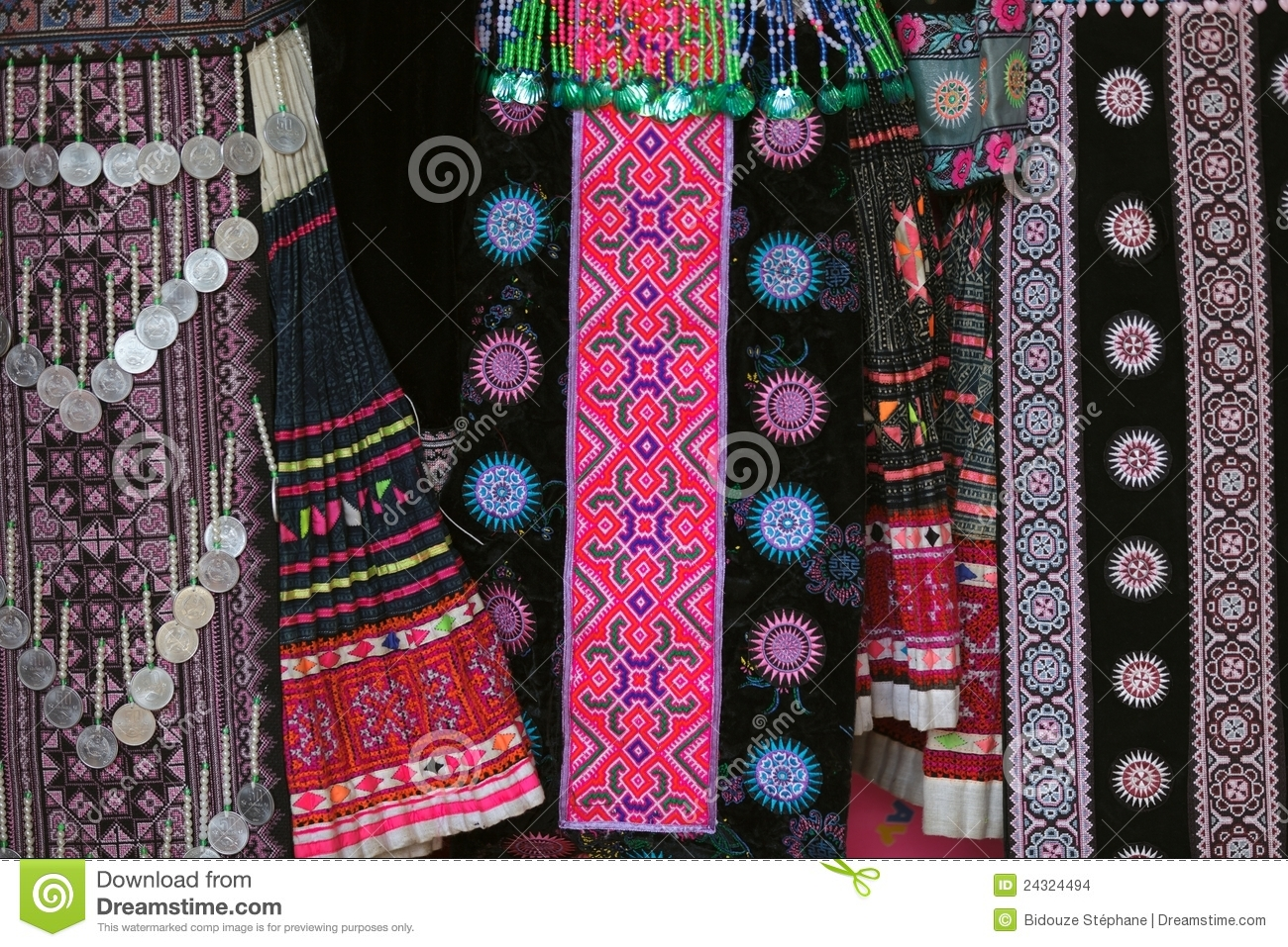 Hmong Traditional Clothes Stock Images Image 24324494