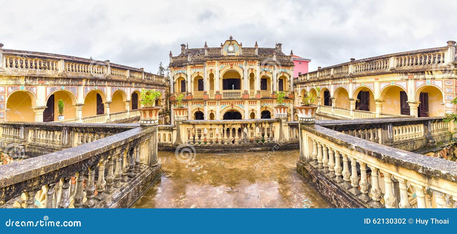 Hoang uma arquitetura real imperial, Bac Ha de Tuong, Lao Cai, Vietname
