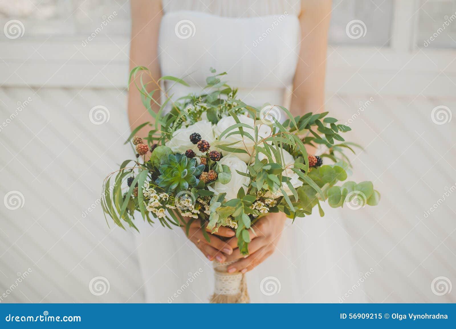 Hochzeit Boho Blumenstrauss Stockbild Bild Von Kleid 56909215