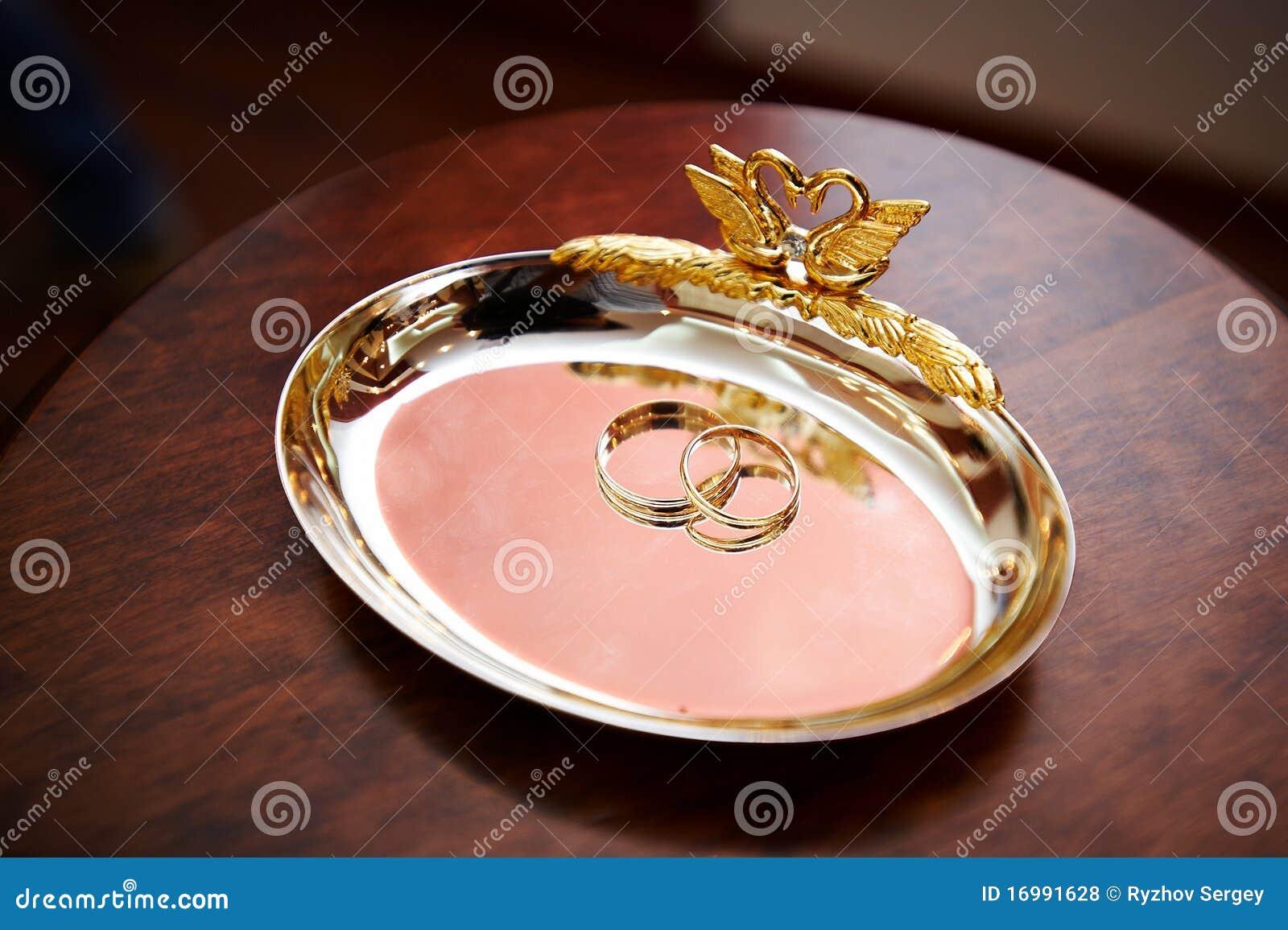 Hochzeitsring für Jungvermählten