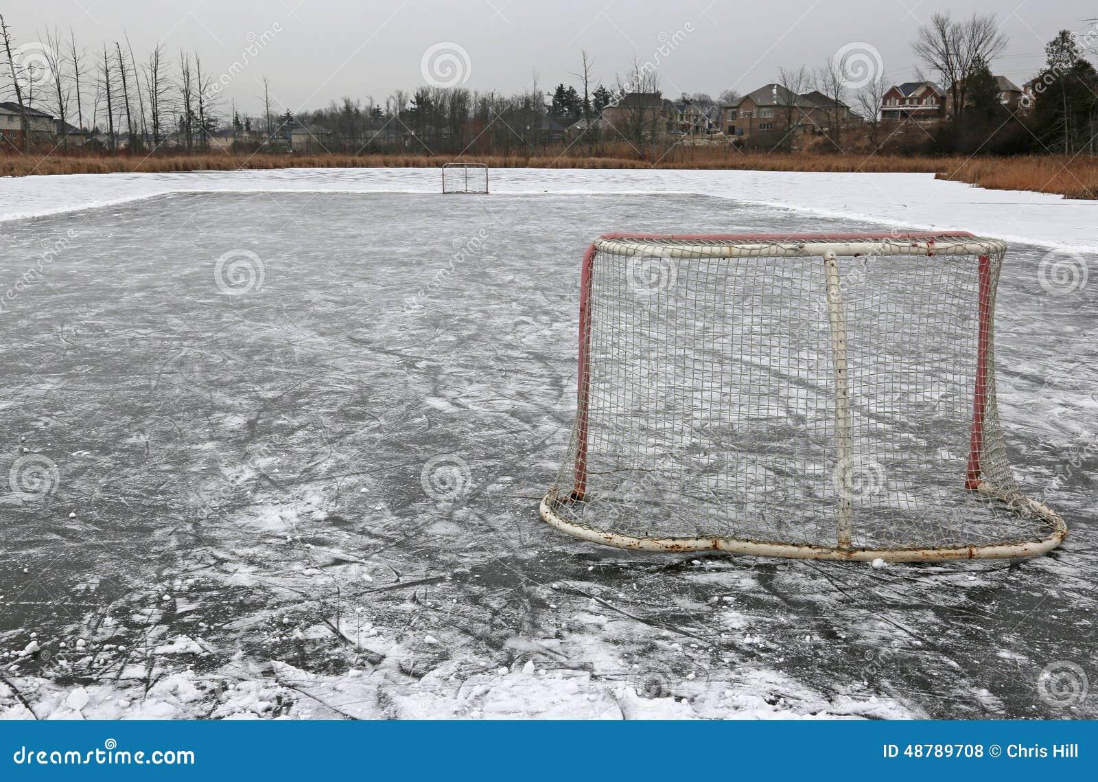 Hockey sur glace extérieur