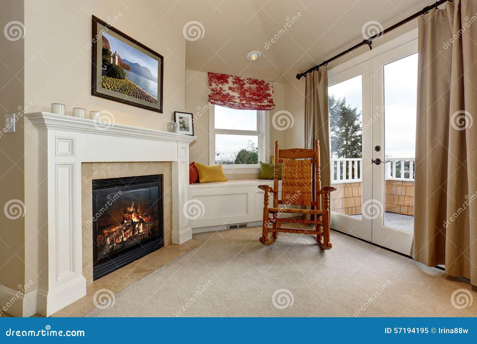 Slaapkamer Met Openhaard : Hoek van luxeslaapkamer met open haard stock afbeelding afbeelding