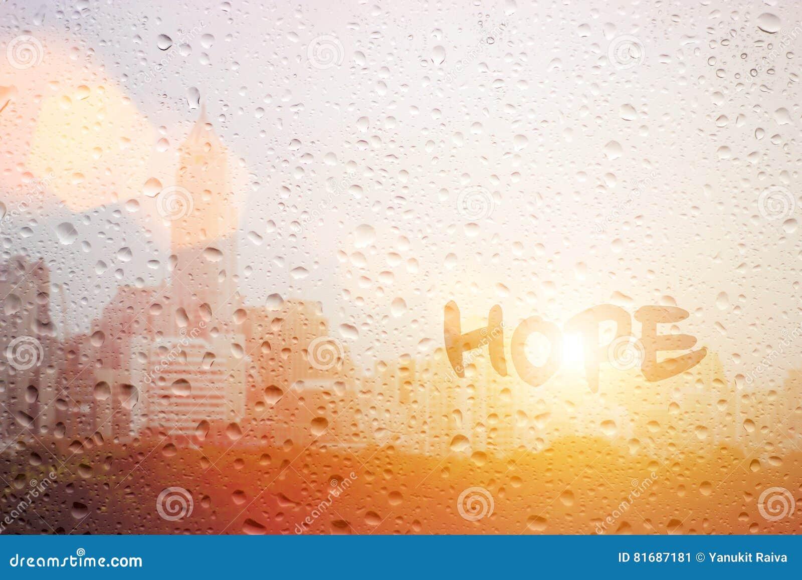 Hoffnung des abgehobenen Betrages auf Fenster
