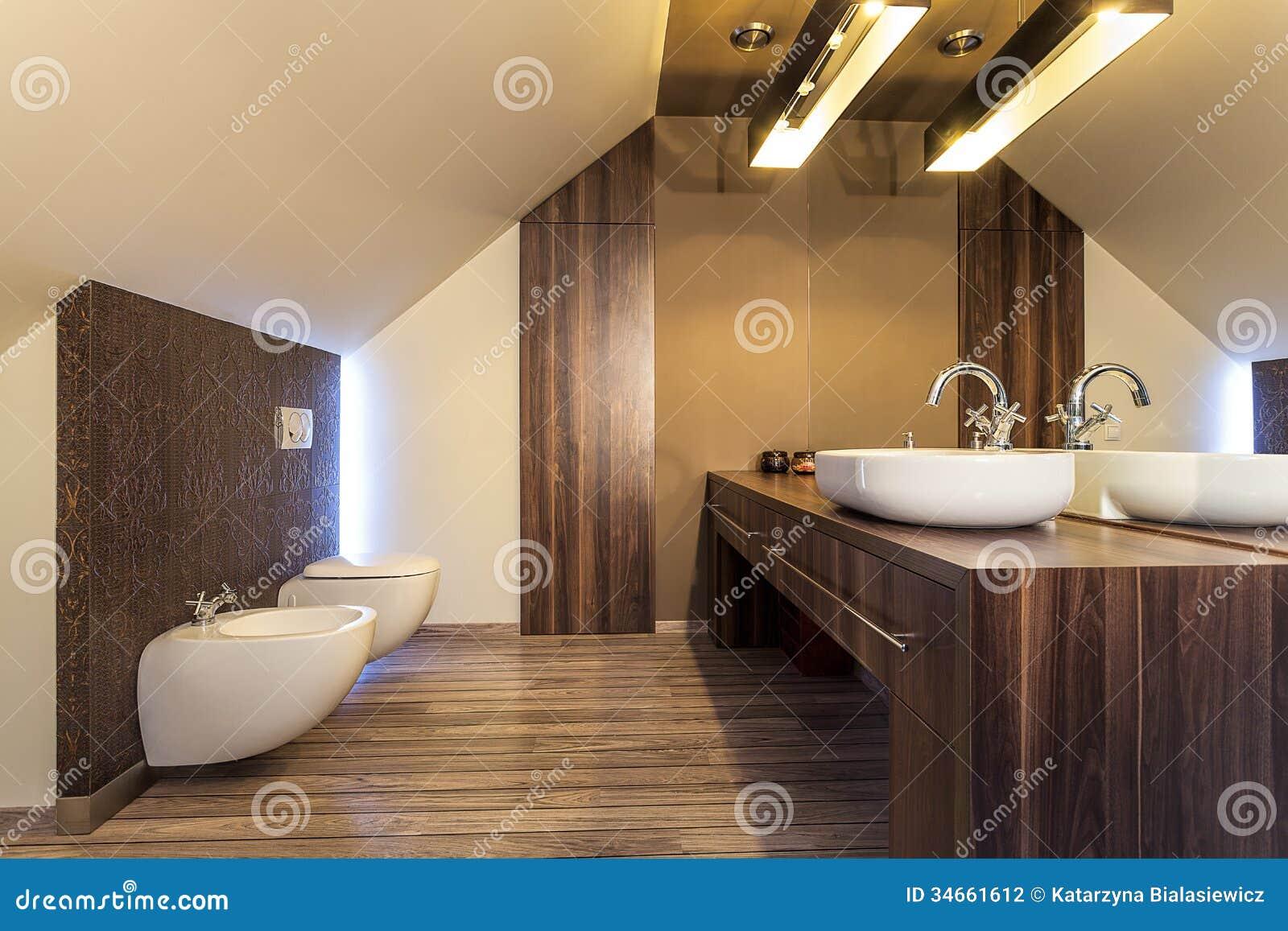 Hogar del país - cuarto de baño de madera
