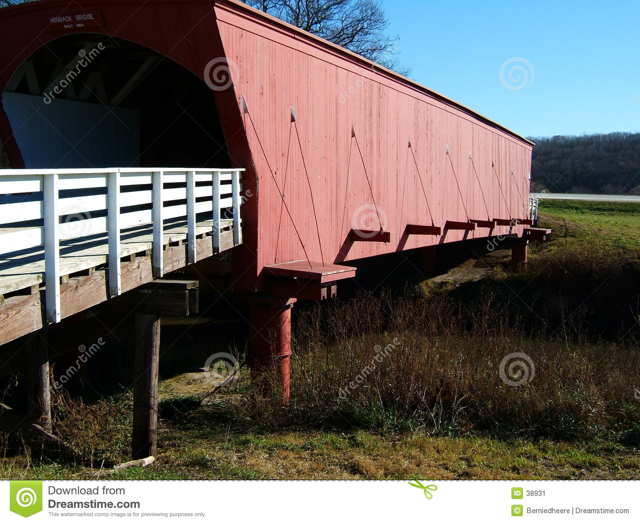 Hogback Behandelde Brug, de Provincie van Madison, Iowa