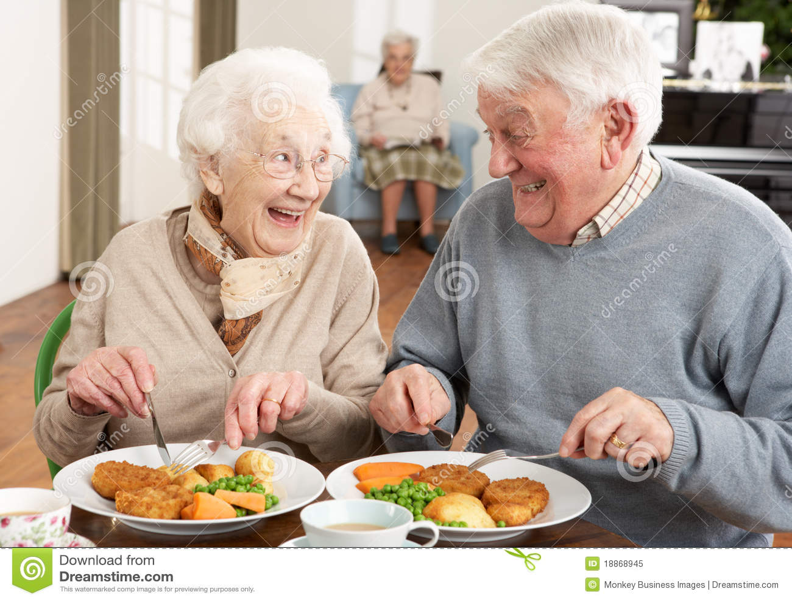 Hoger Paar dat van Maaltijd samen geniet