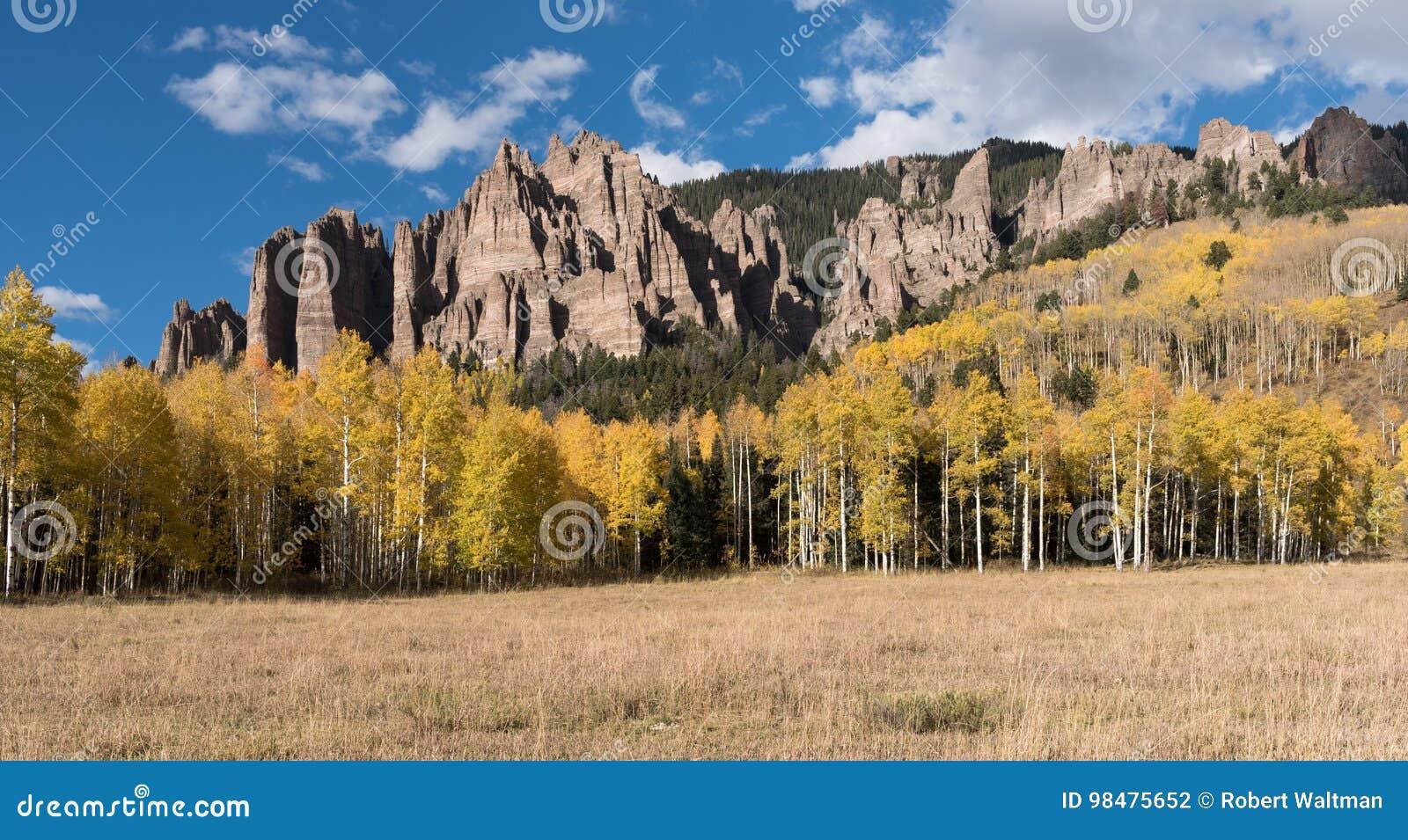 Hoher Mesa Pinnacles in Cimarron-Tal Colorado