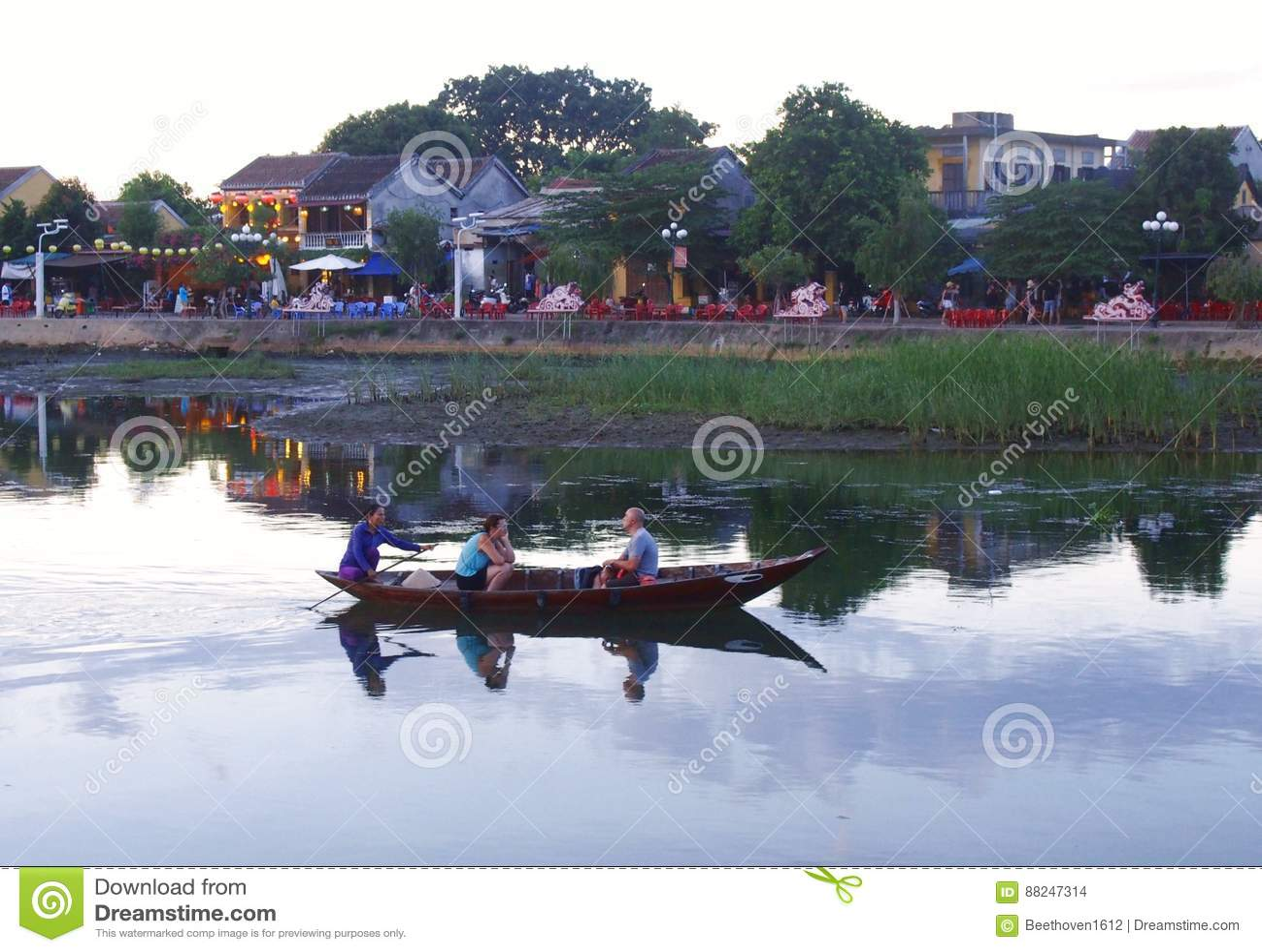 Hoi An Old Town Houses och flod i Vietnam
